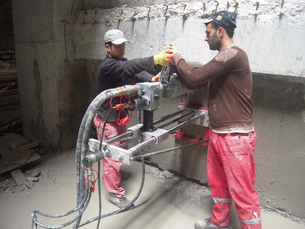 Hydraulic Core Drilling